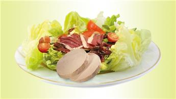 Perigourdone salad with foie gras